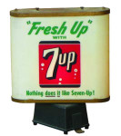 Fresh Up with 7UP Lamp